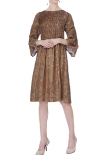 brown-pintunk-printed-dress
