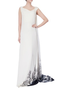 black-white-sleeveless-flowy-gown