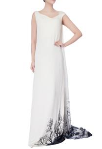 black-white-sleeveless-flowy-gown