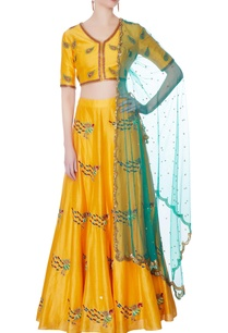 yellow-silk-lehenga-set
