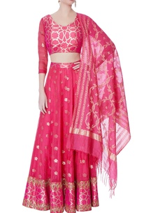 pink-brocade-lehenga-blouse-with-dupatta