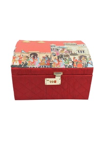 red-mevar-mahal-bridal-trunk