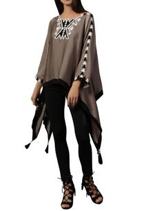 black-white-kimono-top