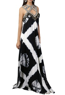 white-black-tie-dye-maxi-dress
