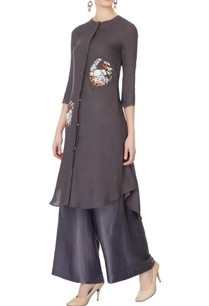 grey-thread-embroidered-kurta-set