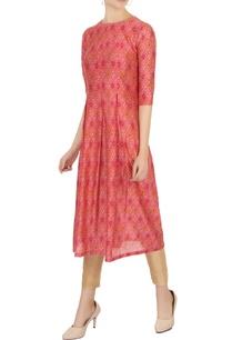 pink-sanganeri-printed-pleated-kurta