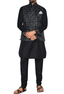 black-grey-embroidered-nehru-jacket-set