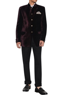 burgundy-velvet-bandhgala-with-pocket-square