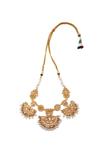 gold-finished-pearl-necklace