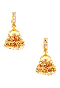 gold-pearl-finished-earrings