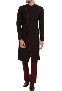 black-maroon-worsted-wool-self-textured-sherwani-with-trousers