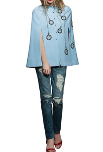 blue-pocket-watch-embroidered-cape