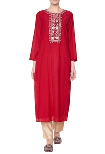 red-embroidered-long-kurta