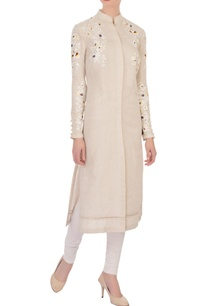 beige-linen-embroidered-kurta
