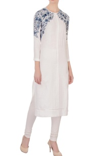 off-white-long-kurta-with-embroidery