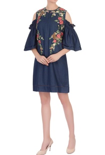 blue-floral-embroidered-shift-dress