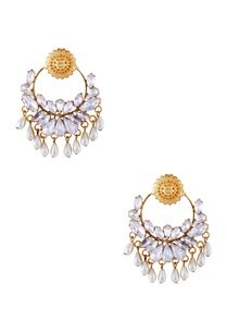 gold-jharokha-inspired-pearl-earrings