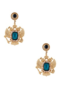 gold-plated-warrior-pearl-earrings