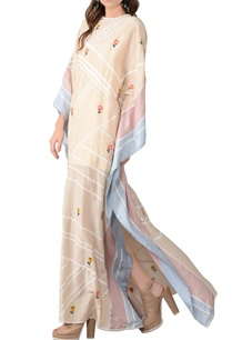 beige-floral-embroidered-kaftan