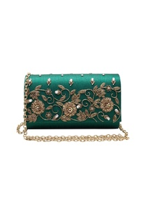 emerald-zardozi-embroidered-clutch