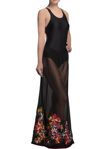 black-embroidered-net-maxi-skirt