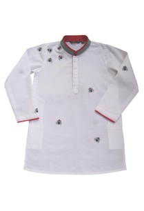white-embroidered-kurta