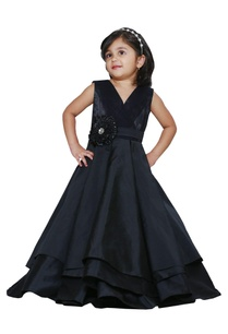 black-pleated-party-gown
