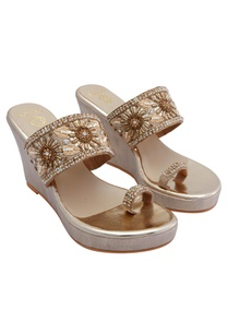 gold-bridal-embroidered-wedges