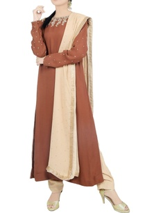 brown-zardozi-kurta-trouser-set