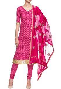 pink-printed-straight-kurta-with-churidar-dupatta
