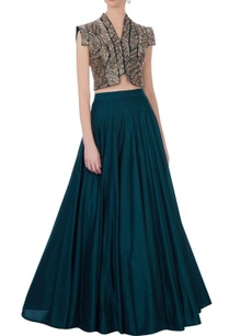teal-blue-silk-embroidered-cape-with-solid-skirt-bustier
