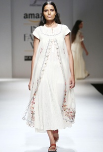 ivory-double-layer-hand-woven-chanderi-dress-with-slip
