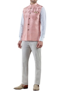 peach-embroidered-raw-silk-bandi