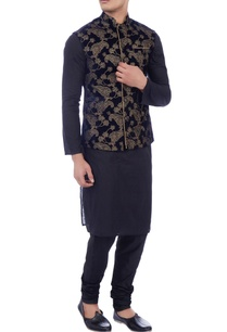 dark-blue-velvet-zari-embroidered-nehru-jacket