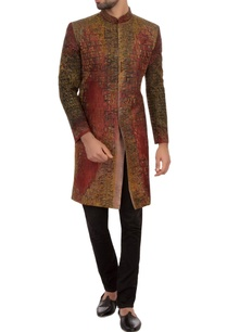 maroon-black-bengal-silk-embroidered-sherwani