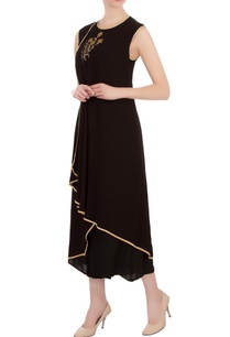 black-double-georgette-embroidered-tunic