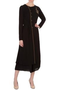 black-double-georgette-katdana-embroidered-tunic