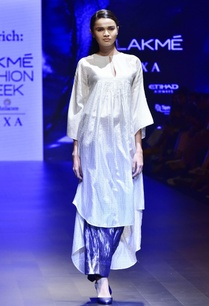white-hand-woven-kaftan-with-grey-trousers