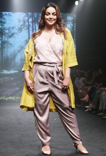 mustard-yellow-silk-dupion-embroidered-jacket-with-pale-pink-blouse-and-pants