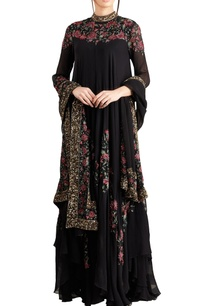 black-pink-floral-bead-sequin-embroidered-kurta-set