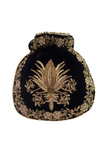 black-velvet-zardozi-embroidered-potli