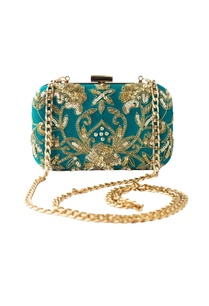 turquoise-sequin-bead-embellished-clutch-with-long-chain