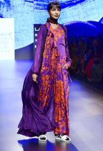 purple-printed-flowy-cape