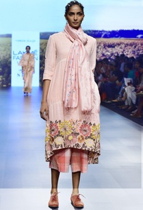pink-handwoven-khadi-embroidered-tunic