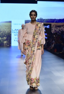 pink-cotton-silk-hand-embroidered-sari