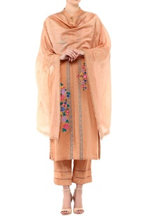 beige-linen-chanderi-embroidered-kurta-set