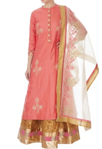 peach-cotton-silk-embroidered-kurta-skirt-dupatta