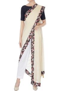 white-gold-kerala-cotton-striped-sari