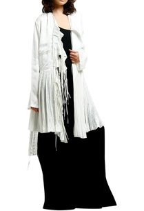 white-cotton-silk-printed-cape