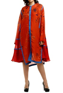 red-cotton-silk-kurta-with-micro-pleated-side-panels